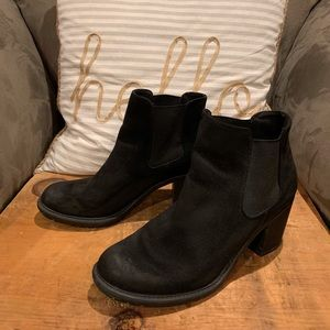 Black micro suede Boots